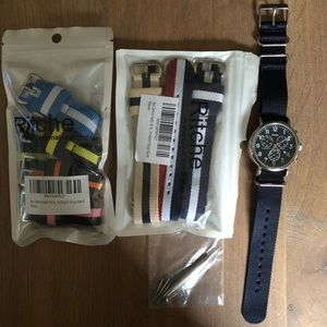 Interchangeable watch set